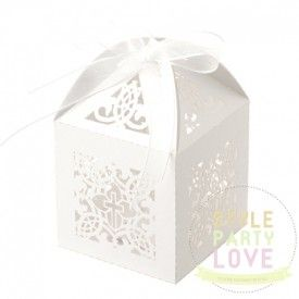 Bomboniere | Favour Boxes | Christening Cross - White