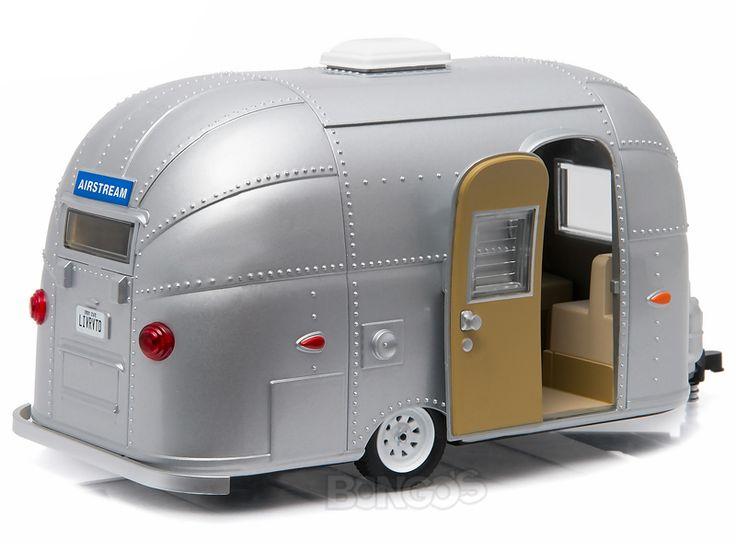 "Home :: Other Diecast :: Diecast Accessories :: Airstream ""Bambi Sport"" Caravan Trailer 1:24 Scale - Greenlight Diecast Model (Silver)"