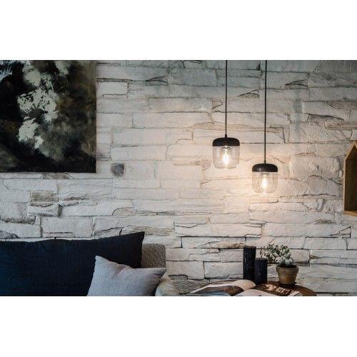 Acorn i polerat stål är en lampa med känsla av natur och formen från ett ekollon www.globalxdesign.com