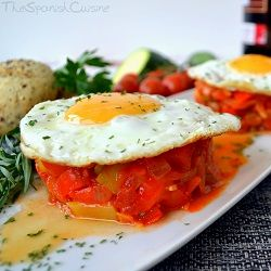 Pisto Manchego Recipe (stir-fried vegetables with egg), a yummy and famous Tapas recipe from Spain! - Spanish Food Recipes. http://spainatm.com