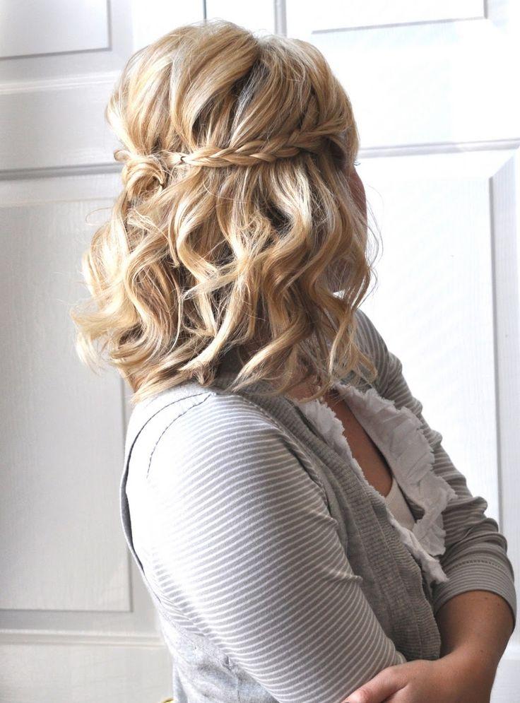 Укладка для волос средней длины с косой