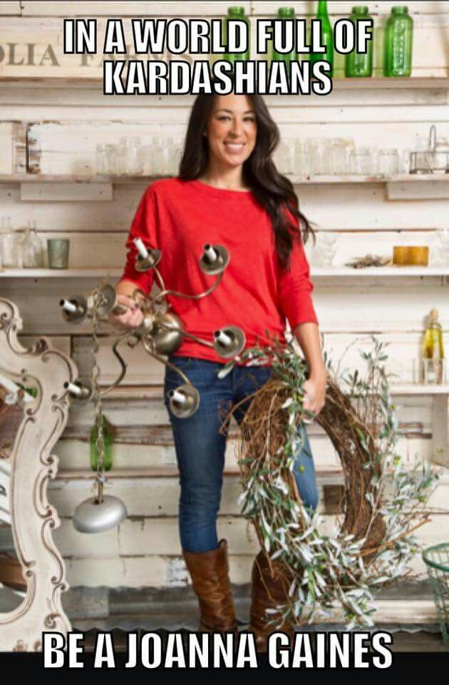 Love this she is so cute and classy Joanna Gaines
