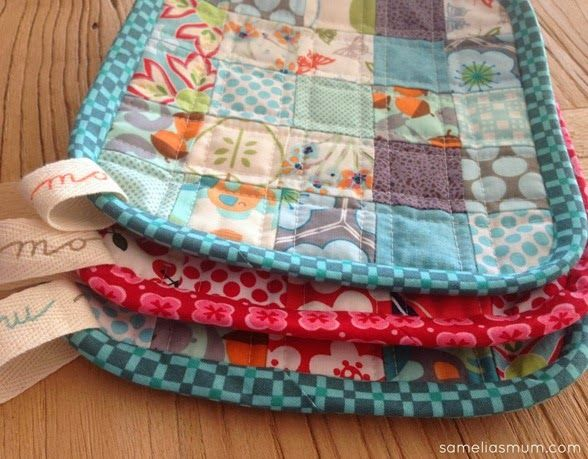 Scrappy Quilted Trivets Tutorial -- pretty gift Sewing Pinterest Gifts and Tutorials