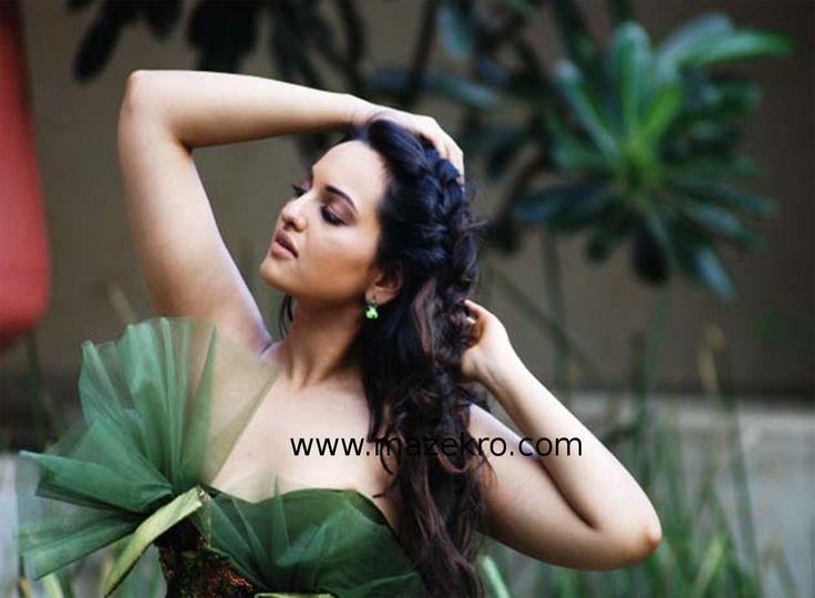sonakshi-sinha-bikini-hot-pics-sexy-hd-wallpapersmaze