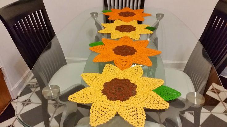 Parte 1 girasoles girasoles en crochet 1para camino de - Camino de mesa elegante en crochet ...