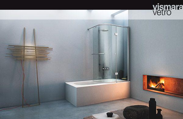 Sapevi che @vismaravetro non progetta solo #cabinedoccia ? Da ormai diversi anni la loro produzione si è evoluta e ha abbracciato anche il mondo delle #vasche. Hanno infatti realizzato diverse serie di pannelli in cristallo da apporre sopra la tua vasca, così da poterla utilizzare come se fosse una #doccia, senza il rischio di allagare il tuo #bagno. www.gasparinionline.it #design #bathroom #bathtub #madeinitaly #fineliving