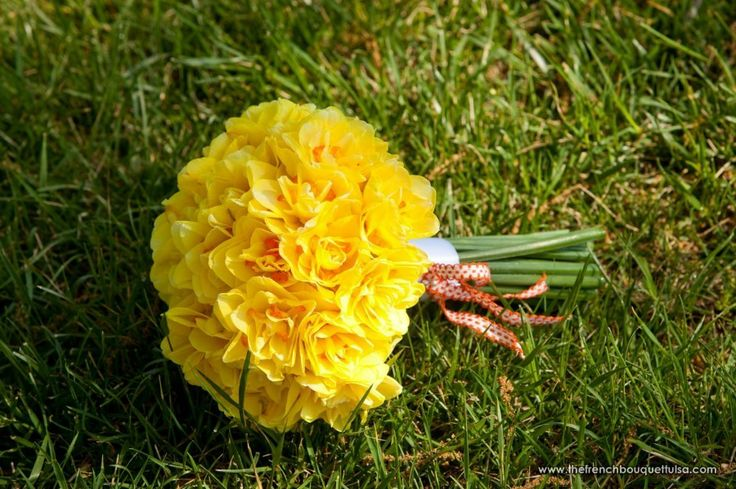 The French Bouquet Blog - inspiring wedding & event florals » Here Comes the Sun… (Sunshine Yellow)