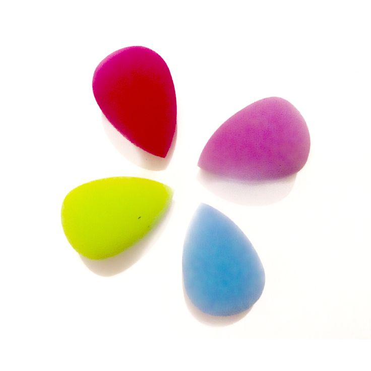 This listing is for 4 Beauty Blenders, various colours, sent randomn    comes in cute organza bag   Shop this product here: spreesy.com/BabyFaceMakeup/8   Shop all of our products at http://spreesy.com/BabyFaceMakeup      Pinterest selling powered by Spreesy.com