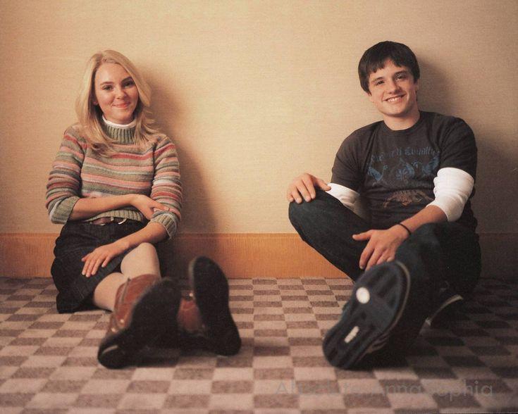 AnnaSophia Robb & Josh Hutcherson | Fab Celeb Photoshoots ...