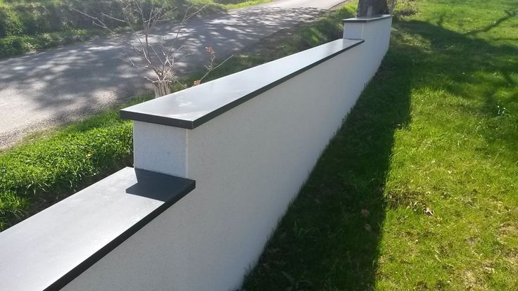 Muret Pour L Avant De La Maison Muret De Jardin Amenagement Jardin Amenagement Jardin Terrasse Piscine