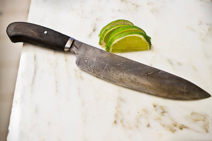Feather pattern damascus chef's knife. via Duende Forge on Etsy