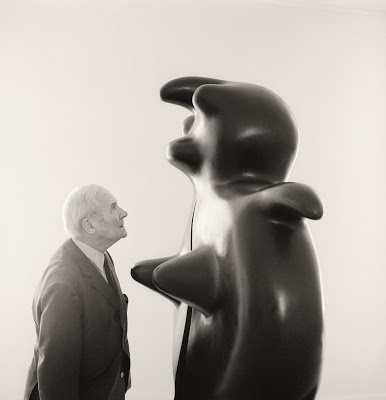 Miro with sculpture