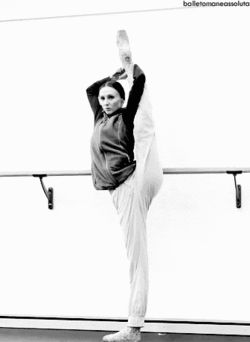 gif mine ballerina ballet flexible Ballet GIF Svetlana Zakharova Bolshoi balletomaneassoluta prima ballerina warm up