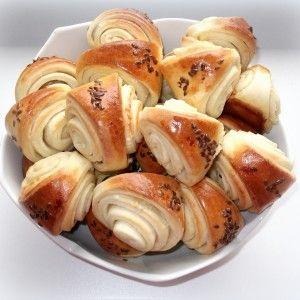 CESNAKOVÉ SLIMÁKY   recepty pečenie   koláče, zákusky, torty   najpečenie.sk