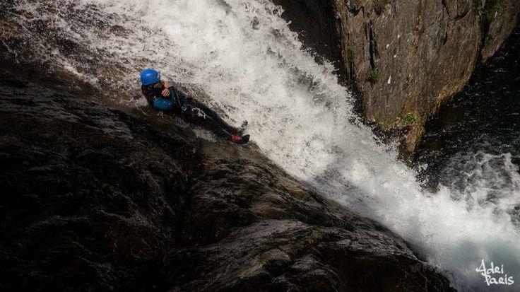 Toboggan géant à l'Artigue www.speleo-canyon-ariege.com