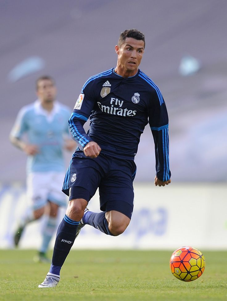 Cristiano Ronaldo of Real Madrid in action during the La Liga match between Celta Vigo and Real Madrid at Estadio Balaidos on October 24, 2015 in Vigo, Spain. (Oct. 23, 2015 - Source: Denis Doyle/Getty Images Europe)