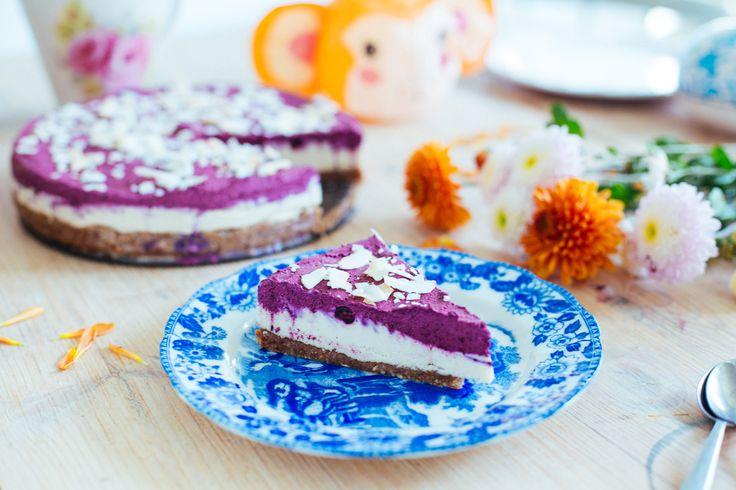 Rå, vegansk blåbärscheesecake