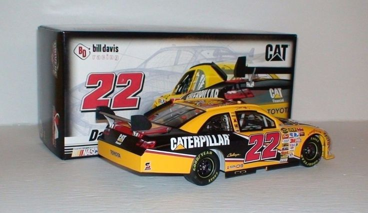 Dave Blaney #22 Caterpillar 2007 Camry COT 1/24 Nascar Die Cast Collectible