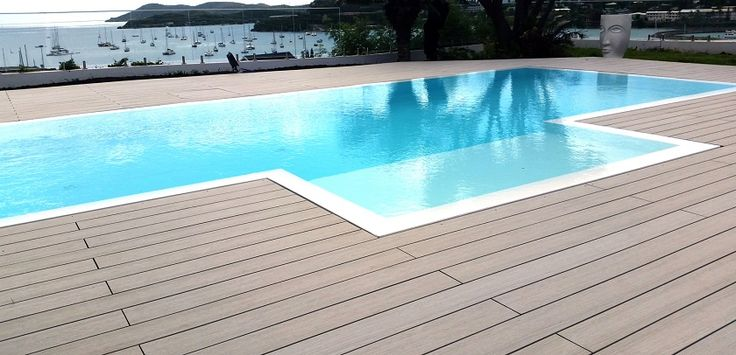 TOUR DE PISCINE EN ITAUBA A LANCON DE PROVENCE Parquet et terrasse - reihenhausgarten und pool