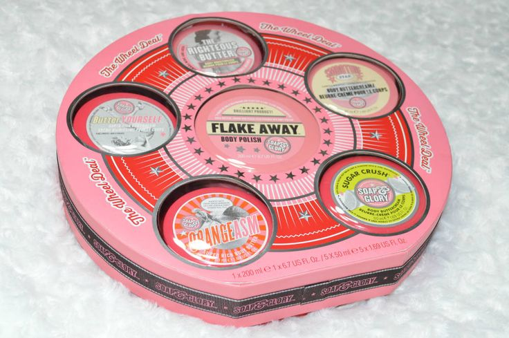 Review of the Soap and Glory The Wheel Deal Gift Set as part of my Christmas Gift Guide.