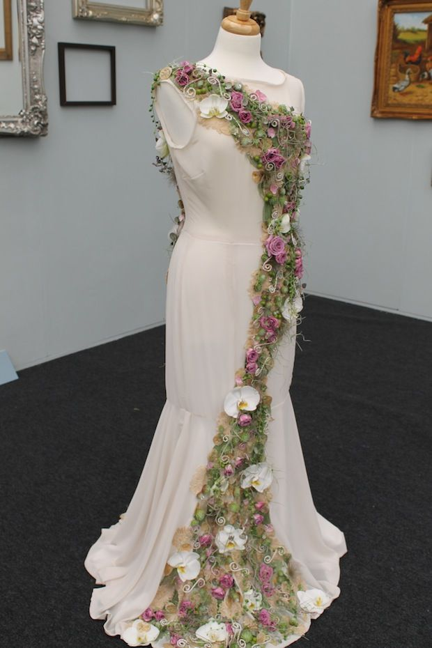 CHELSEA FLOWER SHOW : 2014. Zoe Rowlinson's fabulous floral dress entry for the RHS Young Chelsea Florist of the Year.