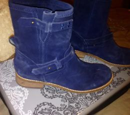 Available @ TrendTrunk.com Gap Boots. By Gap. Only $25.00!