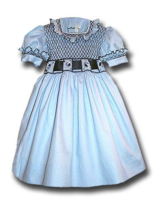 "Girl handmade smocked girl ""Sofia"".  #anichini #smockeddress #childrenfashion #girldresses #smock #italianstyle #handmade #puntosmock"