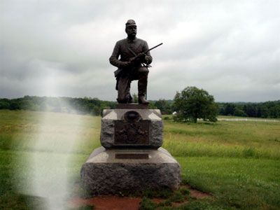 MANY STATE THAT THE THE BEST REAL GETTYSBURG GHOST PHOTOS ARE OFTEN TAKEN WHILE VISITING THE MOST HAUNTED BATLLEFIELD IN AMERICA