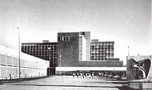 Hospital General de Torreón (IMSS Numero 16) Blvd.. Revolución esq. Jazmín, Torreón, Coahuila de Zaragoza, México 1967 Arq. Enrique Yáñez