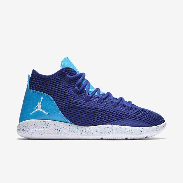 PREMIUM COMFORT, UNDERSTATED DESIGN. The Jordan Reveal Men's Shoe features  a breathable mesh upper