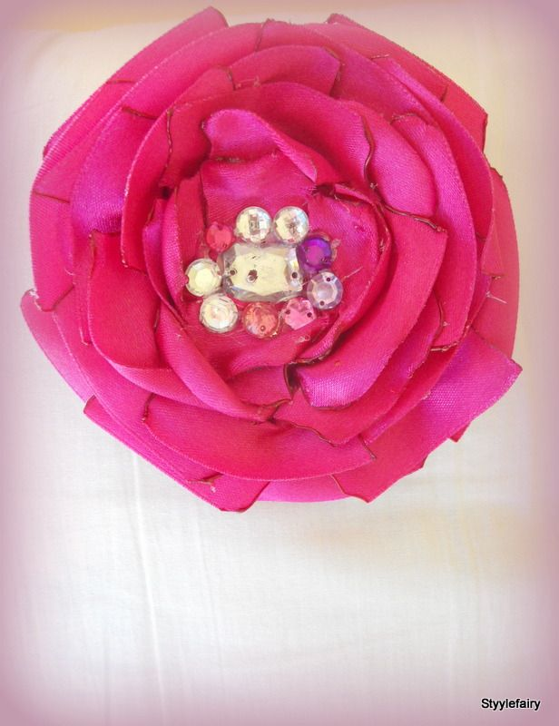 Maharani pink large flower brooch embellished with rhinestones