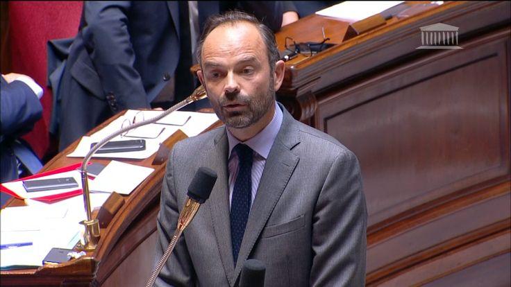 """Philippe: """"Villiers a tiré les conséquences"""" de son désaccord avec Macron"""