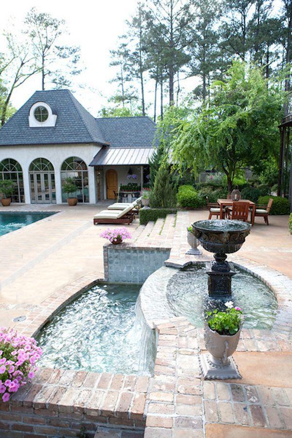 Beautiful outdoor spaces by SummerHouse // www.alwayssummerblog.com