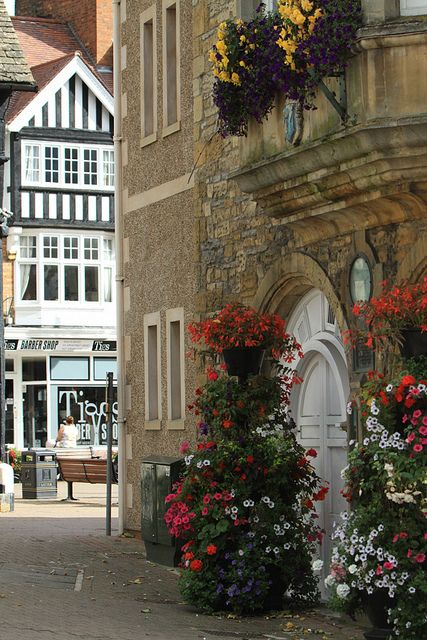 Evesham, The Cotswolds, Worcestershire, England, UK http://uk.glam.com/slideshow/superb-spa-breaks-in-britain/