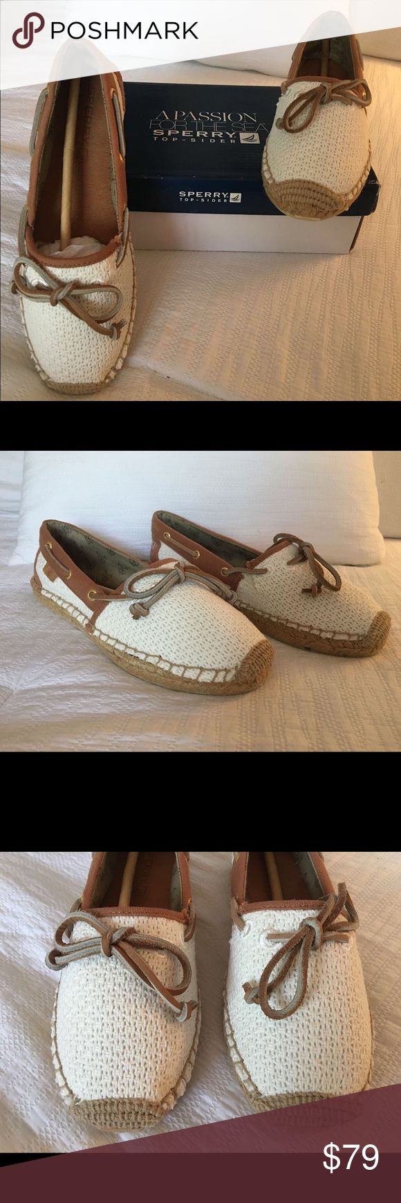 New Sperry Top-Sider Katama Open Cotton Mesh Shoes ⚓️ This beautiful boat shoes are made in a natural ivory color. The box says 6 1/2 but the shoes runs one size down, so they run as size 5 1/2. I am size 6 1/2 in shoes and they didn't fit me even without socks; my sister is 5 1/2 and they fit her perfectly with and without socks! They are 💯% authentic and also new with tags and in their original box as seen on the photos. You are going to love them! ❤️ Sperry Top-Sider Shoes Moccasins