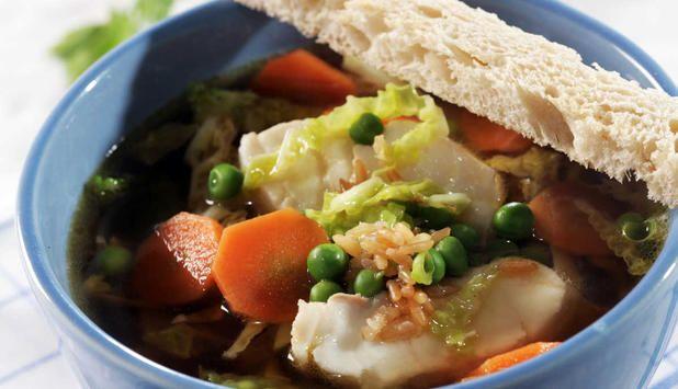 Oppskrift på klar fiskesuppe med ingefær og soya #fisk #middag
