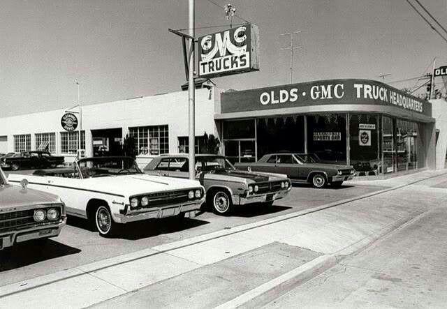 Ames Car Dealers >> 226 best images about Old car Dealerships on Pinterest ...
