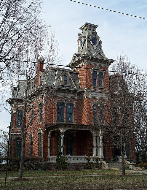 1000 images about big brick houses on pinterest lands for Brick victorian house