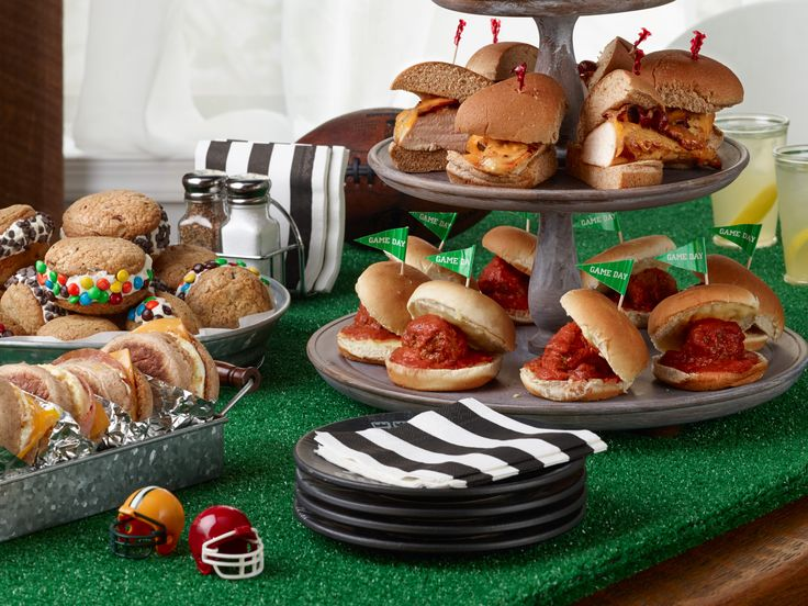 Ree's Game-Day Sandwiches : Don't miss a single touchdown by being too busy in the kitchen. Follow Ree Drummond's example and keep things simple by using pantry staples to make hearty, hand-held treats. This game-day menu is full of easy, satisfying sandwiches that football fans will love.