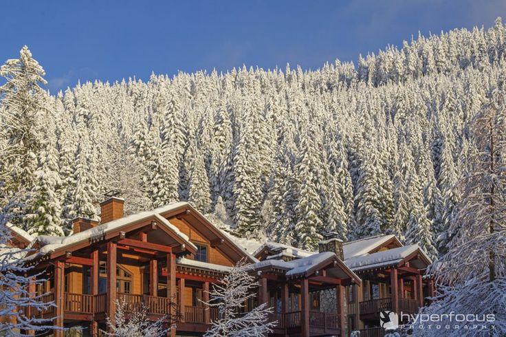 Snowy winter wedding venue: Whistler Fairmont Heritage Place: At Nature's Door http://www.hyperfocus.ca/blogv2/vancouver-wedding-photography/winter-wonderland-whistler-wedding-nita-lake-lodge-anita-raymond/