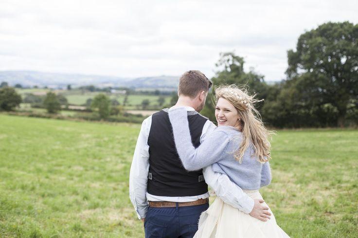#weddingphotography #countrywedding #bride #relaxedweddingphotos - Florence Fox Photography