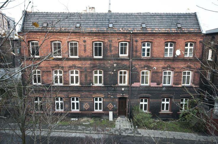Fasada kamienicy, #slkamienice #townhouse #familok #śląsk #silesia #nieruchomosci