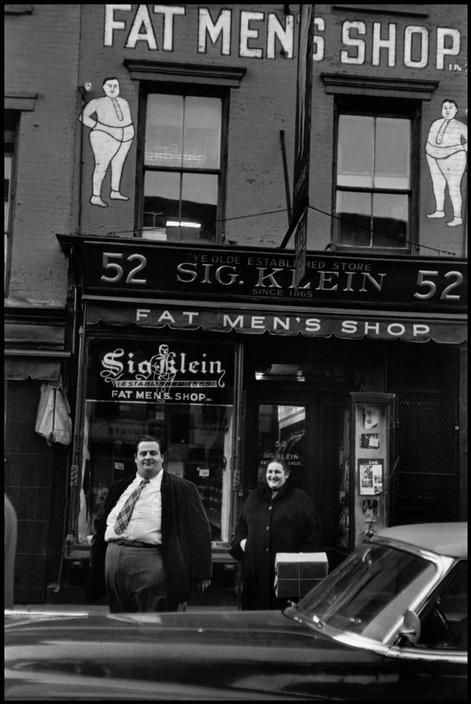 Mr. Klein could have used some communication counseling … New York 1955 by Elliott Erwitt