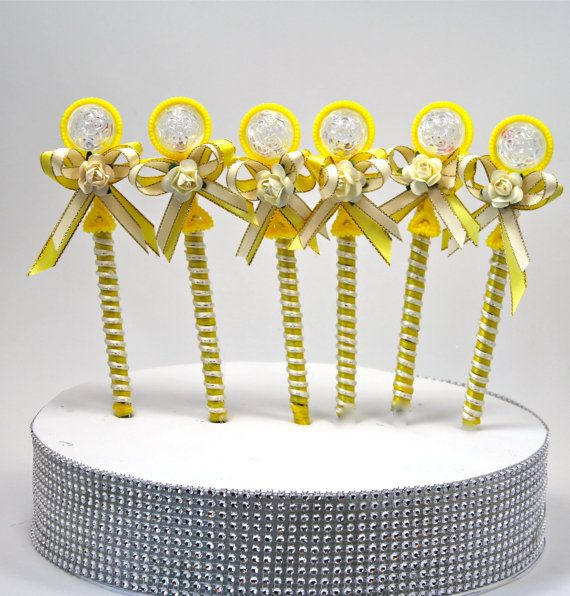 Rattle Yellow Baby Shower Pen Favor / Boy Party Favors / Guest Gift / (Set of 6)  / Party Gifts / Baby Shower Rattles
