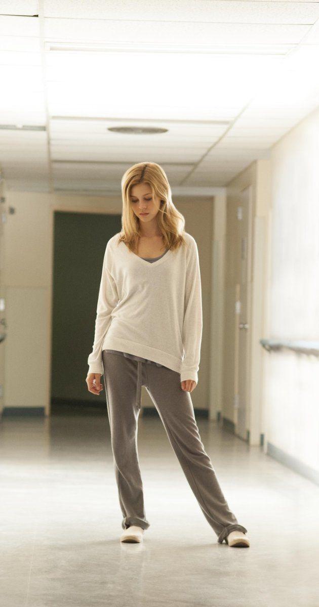 Episode: 1 - Season: 2 - 'Gone But Not Forgotten' - Pics: 1 of 7 - In Bates Motel (2014).