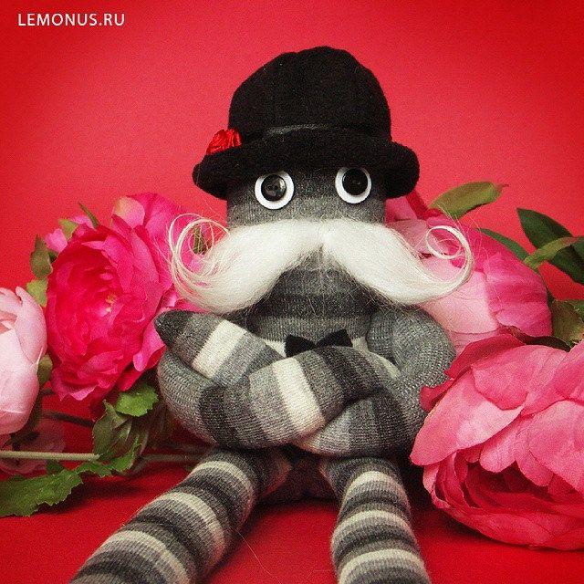 https://flic.kr/p/rdWTdK | Истинный джентльмен #gentleman #handmade #toy #mustache #dwarf #lemonus #man #bowler #flowers #игрушка #человек #ручнаяработа #полосатый #усы #мягкаяигрушка #мягкаяигрушкаручнаяработа #котелок #лимон #мужчина #джентльмен #цветы
