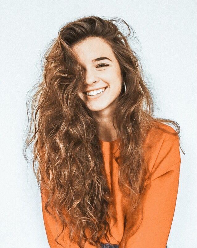 Pin By Rylee Cru On Hair Beauty Long Hair Styles Hair Styles Curly Hair Styles