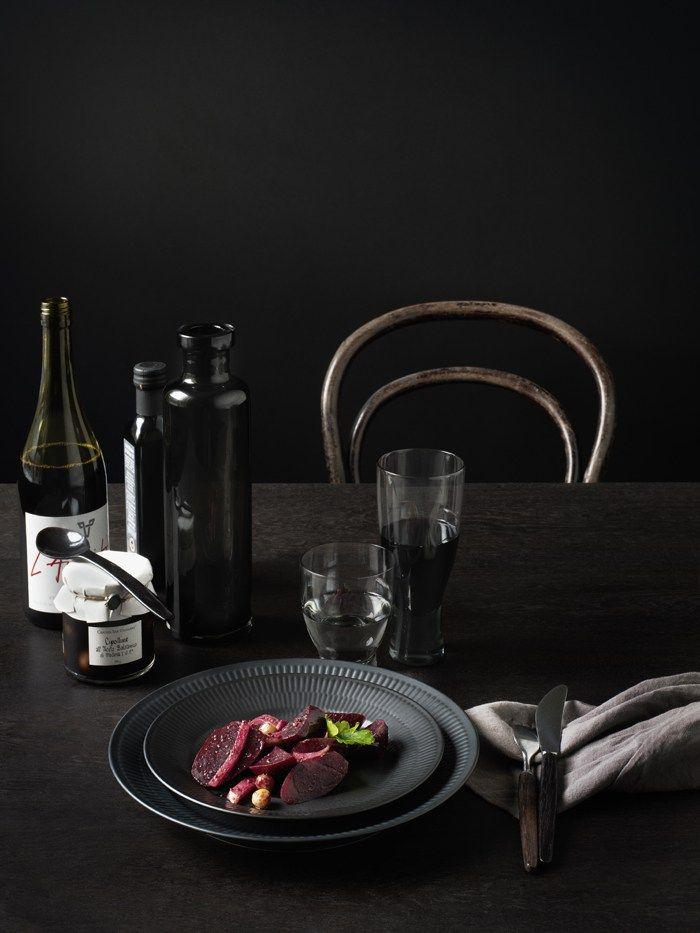 Design | ombiaiinterijeri Royal Copenhagen – Black Fluted