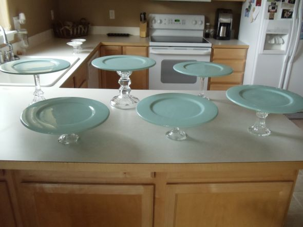 Diy cake stand craft ideas pinterest for Plate cake stand diy