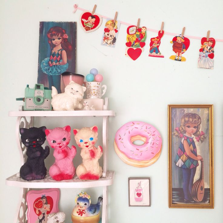 1000 images about kitschy decor on pinterest poodles Decoration kitsch